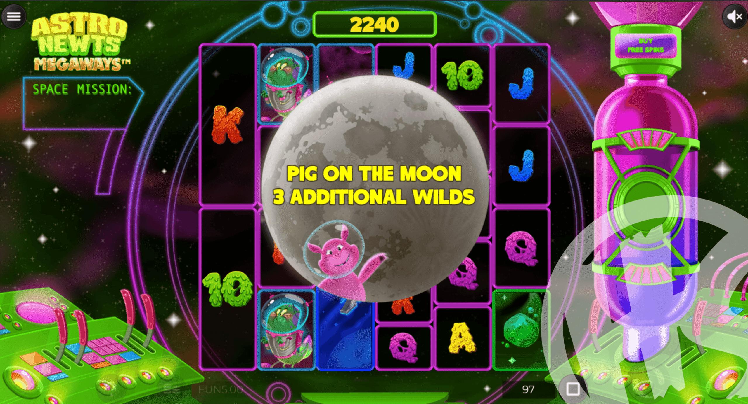 Astro Newts Megaways Pig on The Moon